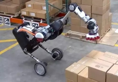 """波士顿动力新款Handle亮相,刷新人们对""""仓储机器人""""的认知"""