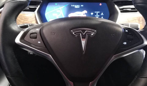 马斯克:特斯拉Autopilot将迎来更激进模式