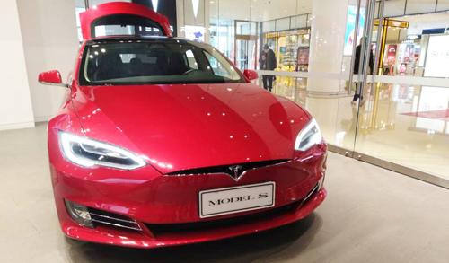 马斯克:8月将把全自动驾驶Autopilot?#20934;?#20215;格上提1000美元