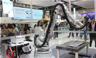 國內首款搭載柔性機械臂與雙輪移動平臺的協作型機器人問世