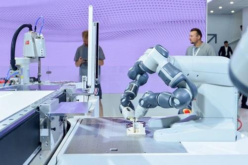 上海工博會,機器人公司都亮出了哪些新產品?