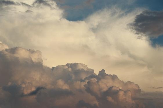 公有云业务承压,青云科技如何借混合云扭转乾坤?